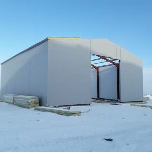 Холодный склад из сэндвич-панелей