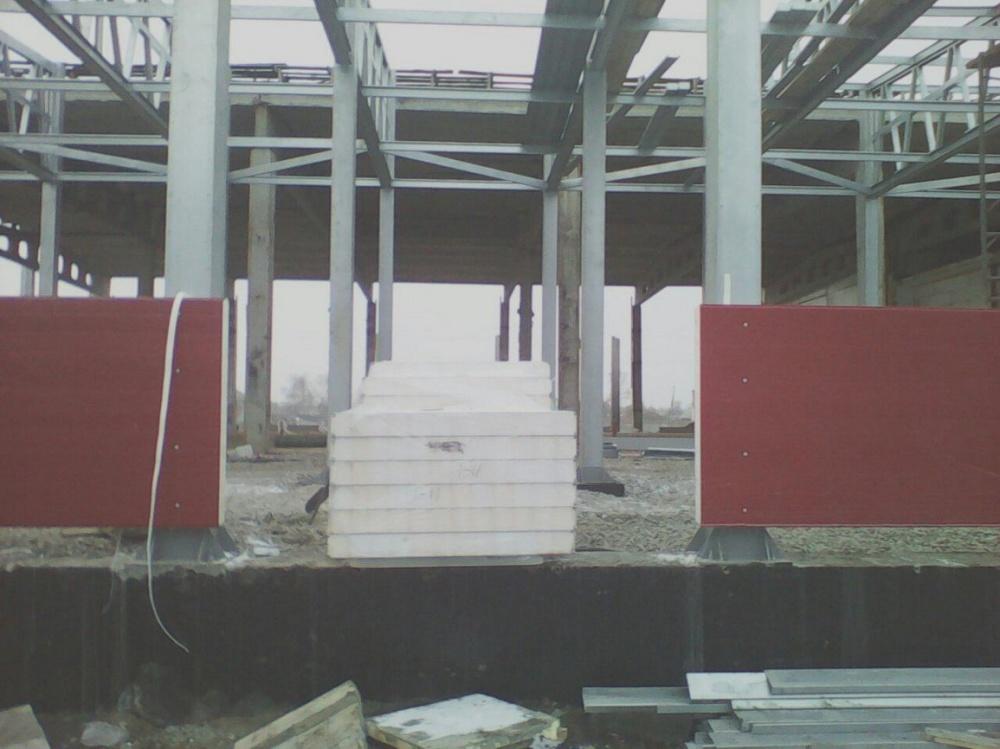 Монтаж сэндвич панелей на молочный цэх в Барабинске